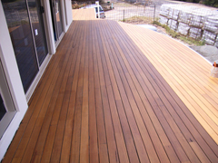Deck-Max deck coated with Dulux Ultradeck